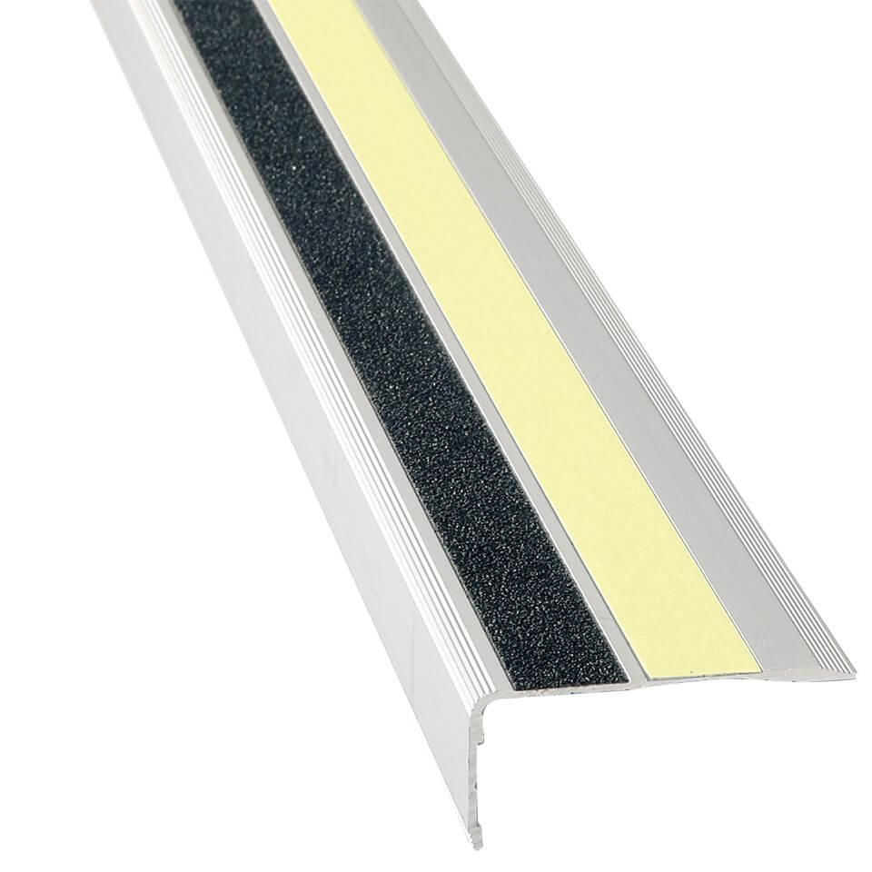 d4c3aacfa60f07 Antirutsch Treppen-Stufen-Profil MONO, 3M Safety Walk, nachl., s.,  6,6x3x100 cm